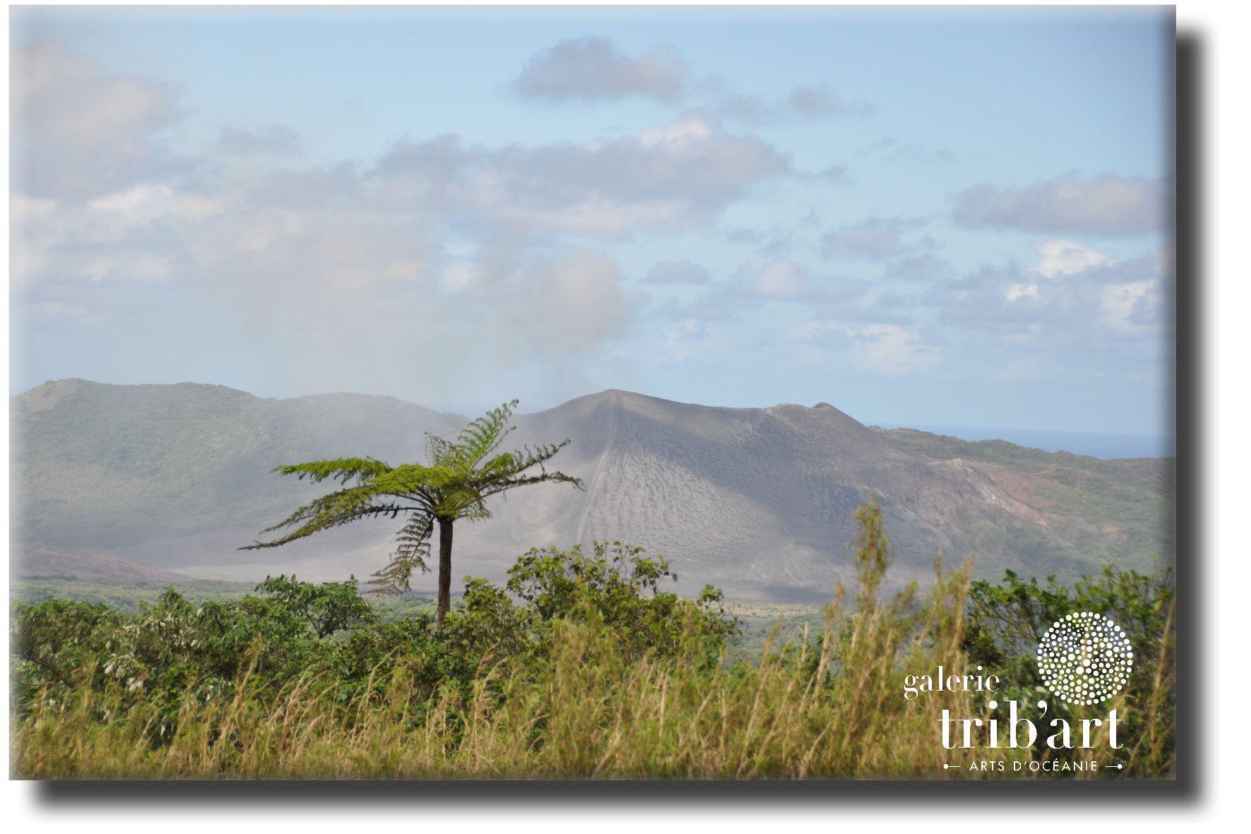 Vanuatu Volcan Yasur (page 2)